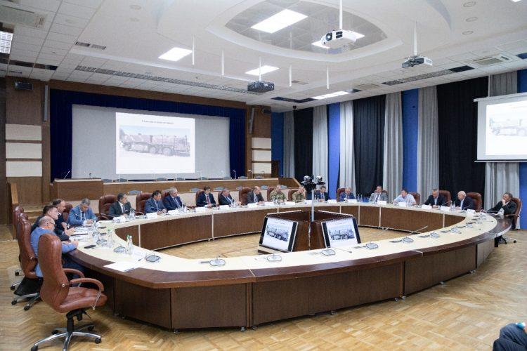 Нарада щодо реалізації програми розвитку ракетної техніки та ракетно-реактивного озброєння
